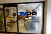 「エルポ/erpo」はフランスベッドが扱うインポート高級ソファです。